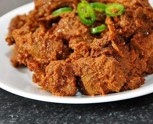 Potluck Idea: Black Beef Dry Curry