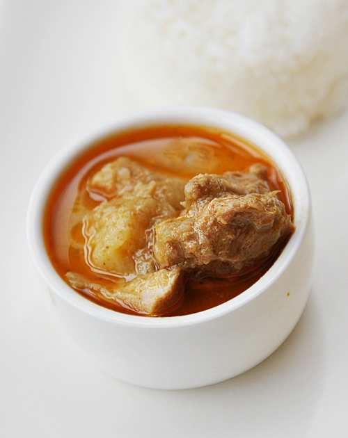 Malaysian Chicken Curry (Coconut based Curry)