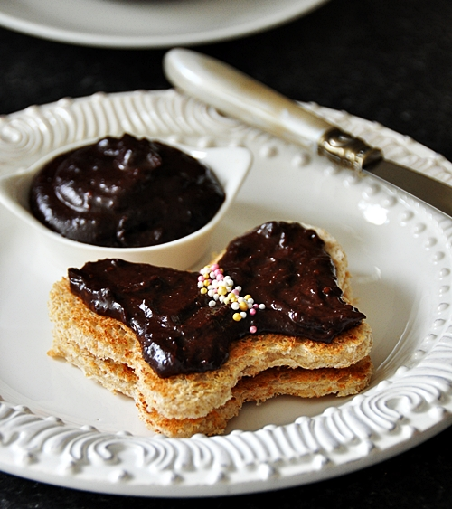 Homemade Chocolate Hazelnut Spread (Nutella) + Fairy Bread - Fuss Free ...
