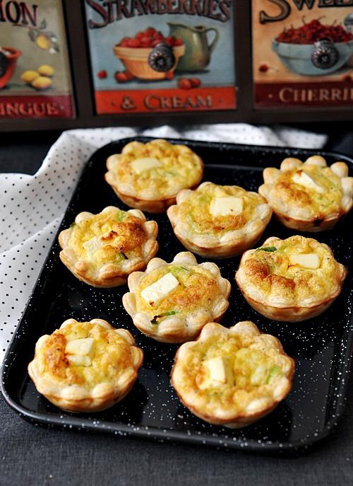 Leek lemon feta bite sized quiche fuss free cooking for Canape quiche recipe