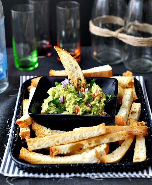 "Guacamole with Turkish Bread ""Chips"""