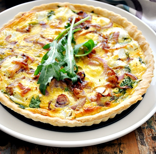 a20 Goat Cheese, Arugula (Rocket) & Caramelised Onions Quiche