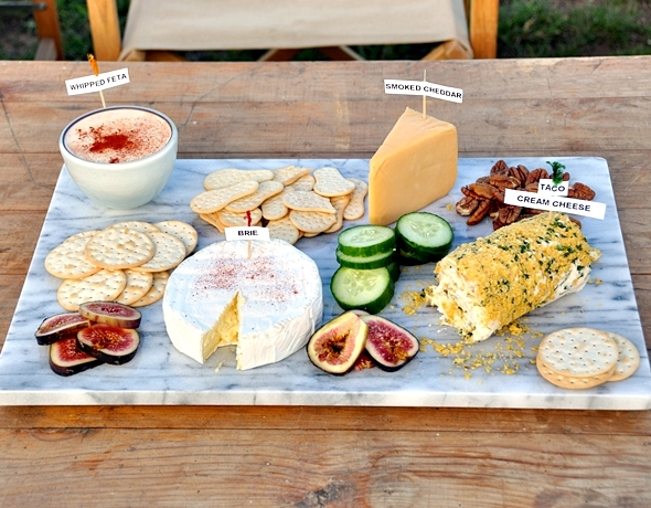 a3 How to create a Mexican-themed party cheese board?