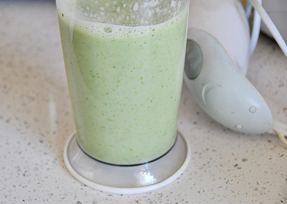 Delicious Green Smoothie a6