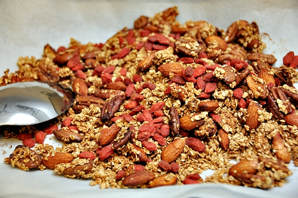 Toasted Muesli (Granola) with Goji Berries, Nuts & Maple Syrup Toasted Muesli (Granola) with Goji Berries, Nuts & Maple Syrup a8