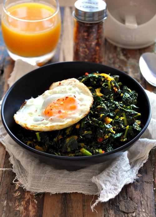 {A Sri Lankan Recipe} Kale Mallung (aka Mallum)