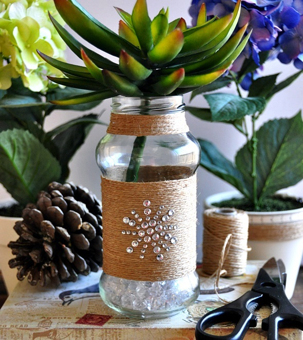 Upcycling empty sauce bottle {DIY Twine Wrapped Bottle}