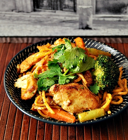 Chicken & Vegetables Satay Noodles
