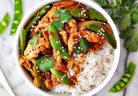Sambal Chicken Stir-Fry with Sugar Snap Peas | www.fussfreecooking,com