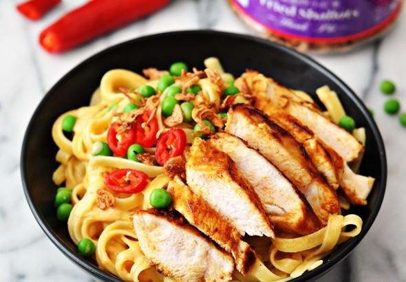 "Thai Style Fettuccine ""Alfredo"" with Pan Seared Spiced Chicken {Dairy Free Recipe} 