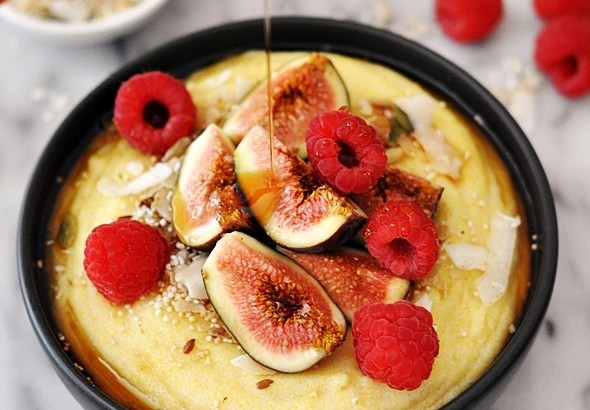 coconut polenta porridge with figs & raspberries | www.fussfreecooking.com