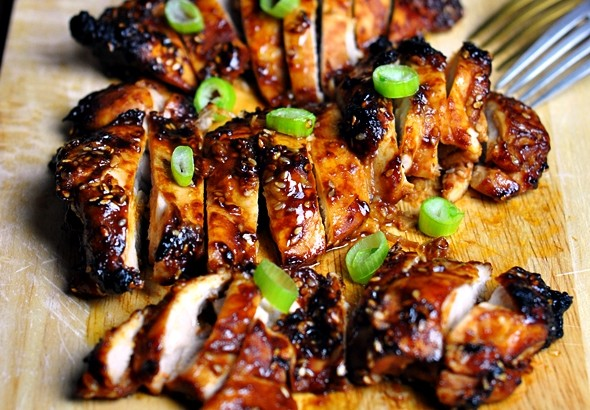 5 Ingredients Grilled Chicken with Tomato, Soy & Sesame Seeds