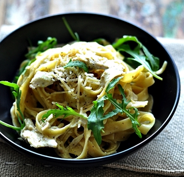 CREAMY BASIL PESTO & ROAST CHICKEN FETTUCCINE