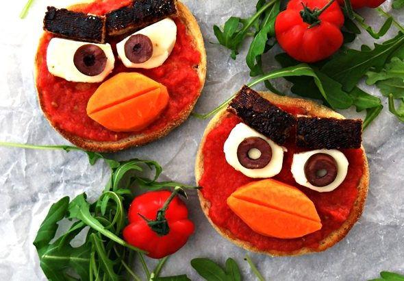 Angry Birds Toasts - Inspired by Pan Con Tomate (Spanish Style Tomato Bread) | fussfreecooking.com