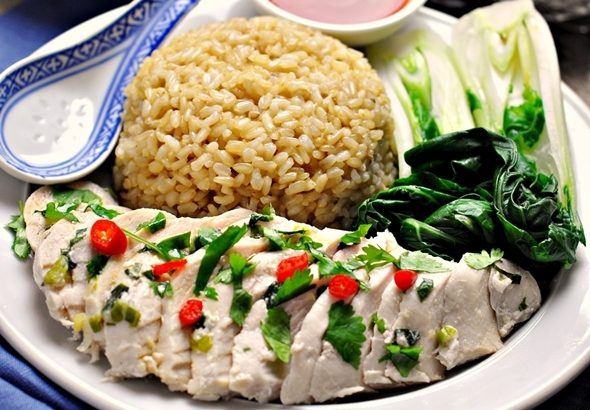 Cheat's Hainanese Chicken Rice - fussfreecooking.com Feature