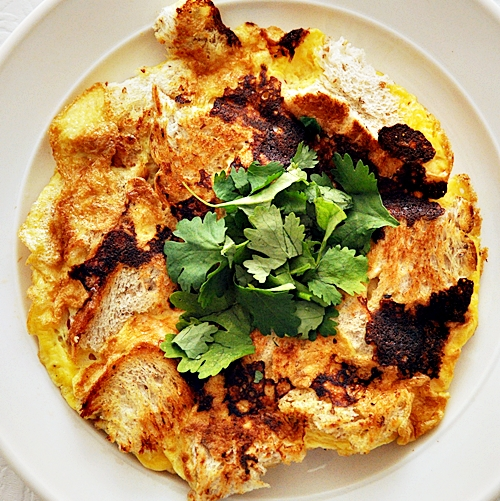 No Fuss Brunch Idea: All In One Omelette