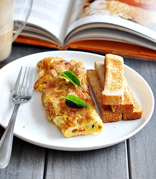 All-Bran FibreToppers and Grilled Capsicum Omelette
