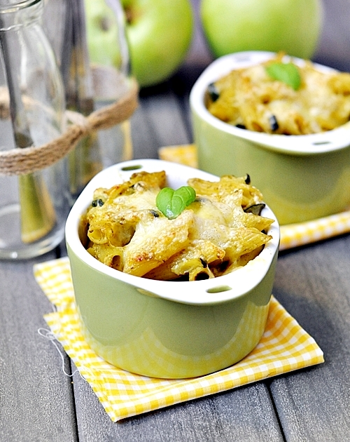 Baked Pasta with Zucchini and Basil Pesto