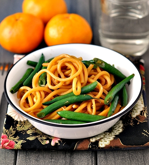 """""""Braised"""" Noodles with Green Beans"""