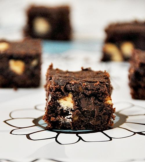 Chocolate Bits Brownie Slice