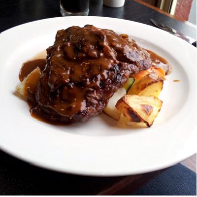Mary Jane's Restaurant @ Kellys Rugby Hotel, Orange NSW