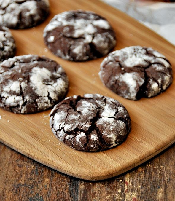 Chocolate Olive Oil Crinkle Cookies & Giveaway!!!