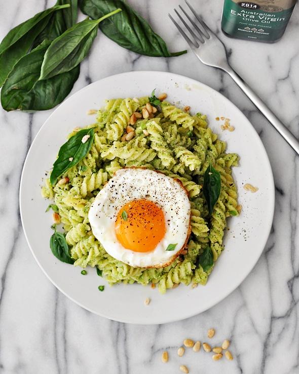 Broccoli Pesto Pasta, A Vegetarian Friendly Recipe