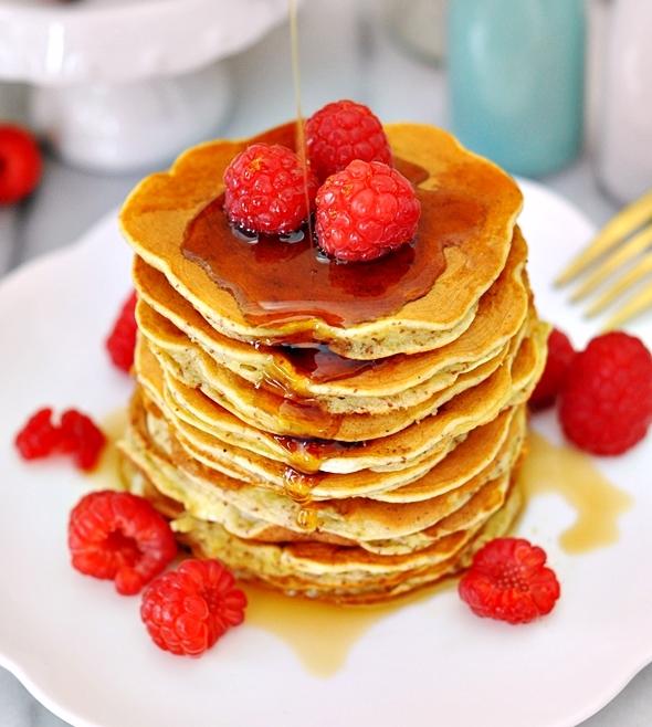 5-Ingredients Banana Pancakes with Teff Grains (Gluten Free)
