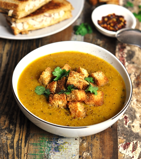 Curry pumpkin, quinoa & lentil soup (gluten free & vegetarian friendly)